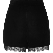 Mode River Island Damen Schwarze Samt - Cocktail - Shorts mit Spitzensaum E69j2339